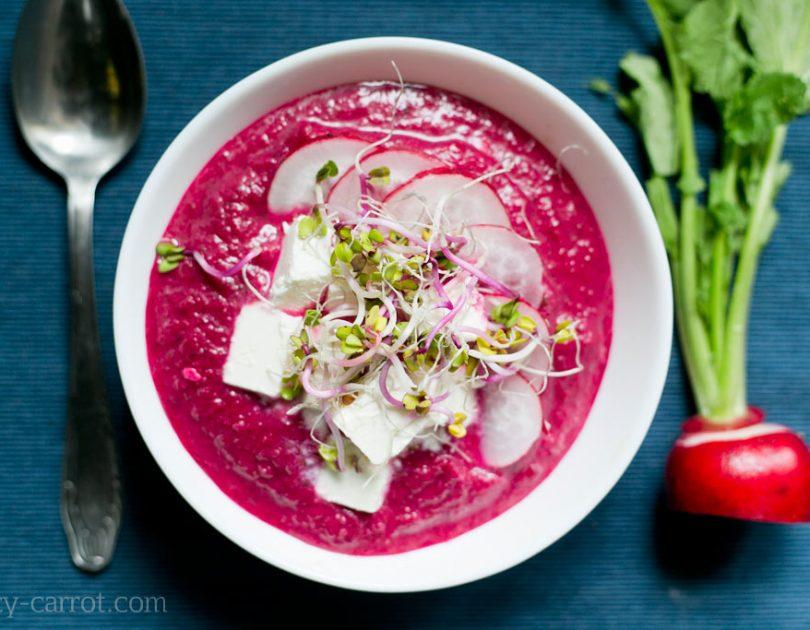 Kremowa zupa botwinkowa z rzodkiewką